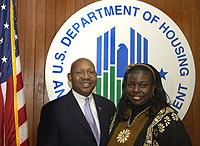 [Photo: HUD Secretary Alphonso Jackson with Ayyisha Turner]