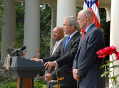 [Photo: President Bush announces FHA Refinancing Program]