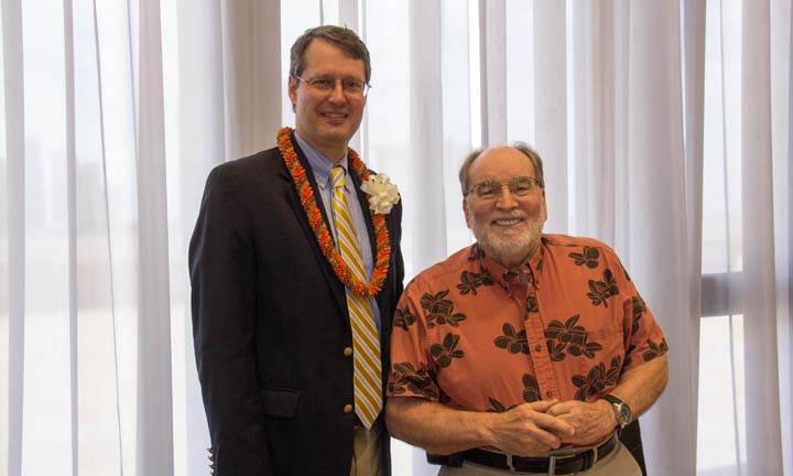 [Photo: Acting Assistant Secretary Mark Johnston visiting with Hawaii Governor Neil Abercrombie.]
